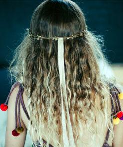 Le headband Robine Bronze collection réchauffe-moi est une couronne fermée qui ne peut pas se régler