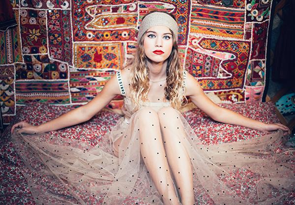Lookbook Ida Degliame collection hiver Protège-Moi modèle Mon Sylvie couleur Ficelle
