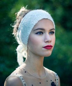 Le headband MON SYLVIE lait de la collection hiver Protège-Moi est doux, chaux et agréable à porter.