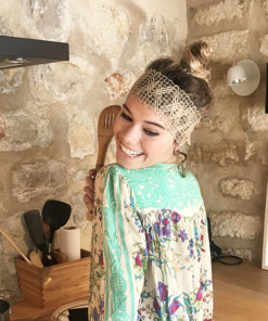Le headband FORMENTERA Ida Degliame est simple, naturel et authentique.
