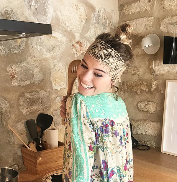 Le headband FORMENTERA Ida Degliame est simple, naturel et authentique.