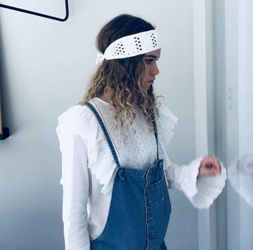 En toute occasion, vous porterez avec simplicité et authenticité votre bandeau de coton Kate blanc Ida Degliame