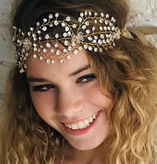 Le headband AURORE est un bijou