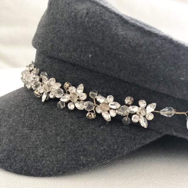 La casquette de la Villette Ida Degliame est un modèle en drap de laine gris anthracite, intérieur coton