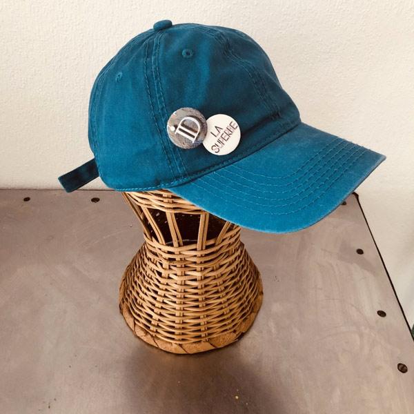 Street style, la SUPERBE IDA DEGLIAME, couleur bleu turquoise, est un compagnon haut en couleur !