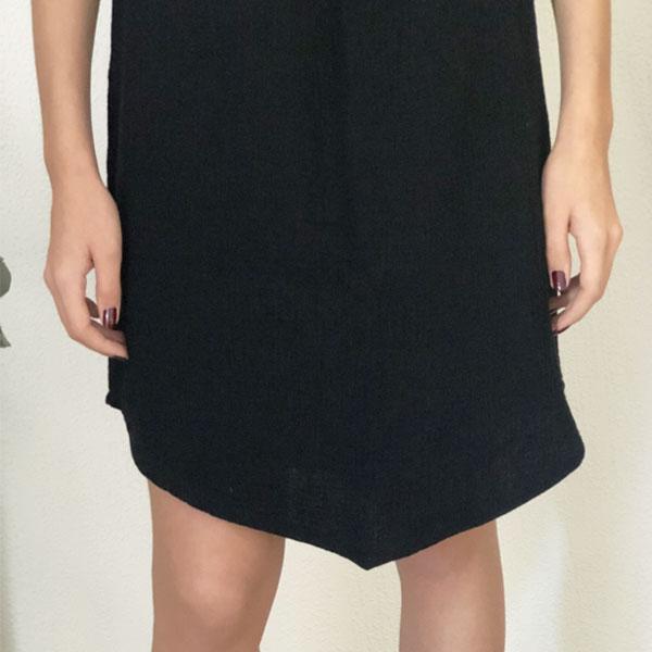 La robe LOU Unie IDA DEGLIAME noire se porte tout l'été