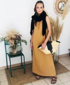 La robe longue ELA caramel IDA DEGLIAME de la collection sauvage est chic