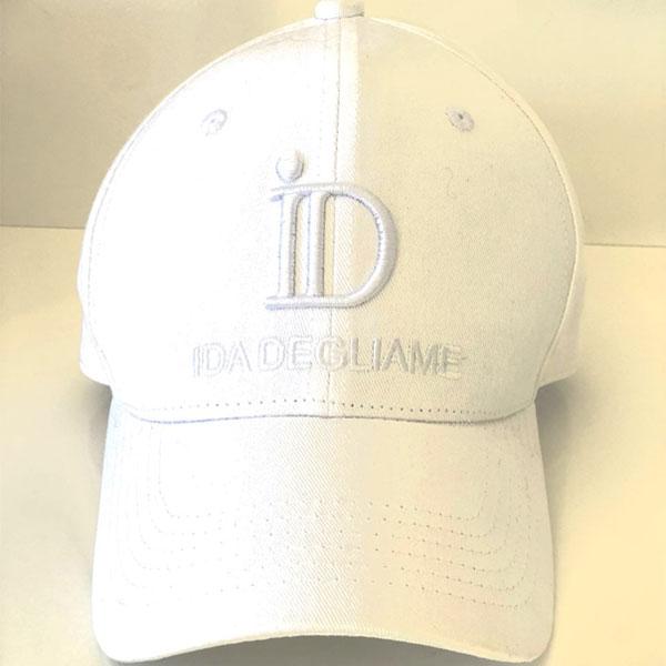 La casquette ID IDA DEGLIAME existe en 6 coloris dont le blanc