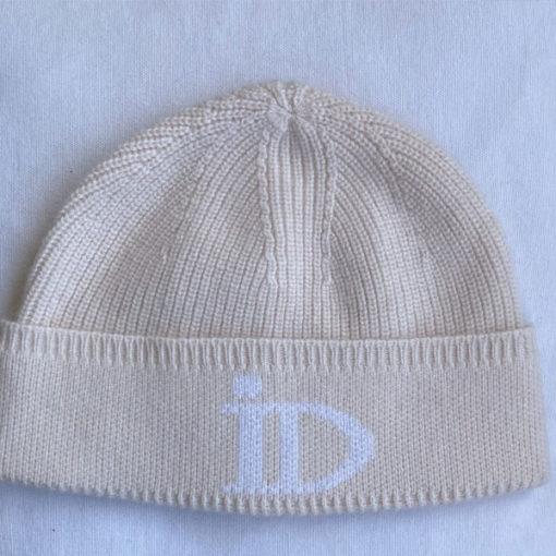 Le bonnet ABYSSE IDA DEGLIAME est une taille unique