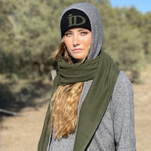 Le bonnet ABYSSE IDA DEGLIAME vous donnera une allure chic et urbaine